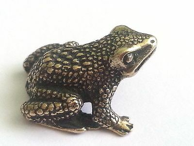 Small Brass Frog a Toad  Figurine / Figure
