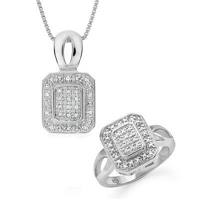 0.30 Carat Natural Diamond Fashion Set in Sterling Silver with Chain