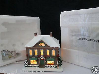 Hawthorne Village Norman Rockwell Christmas Art Gallery Box and Certificate NEW!