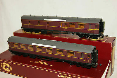 OO gauge EXCELLENT 2x Airfix Centenary Coach BR maroon Comp Brake BOXED