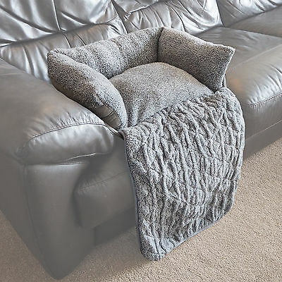 Medium Quilted Grey Fleece Fold Out Pet Bed Cat/Dog Sofa/Couch/Chair Protector