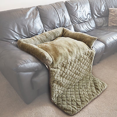 Large Quilted Green Fleece Fold Out Pet Bed Cat/Dog Sofa/Couch/Chair Protector