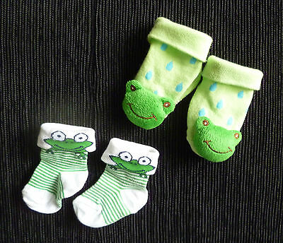 Baby clothes BOY 0-3m 1 frog slippers, 1 frog socks COMBINE POSTAGE!  SEE SHOP!