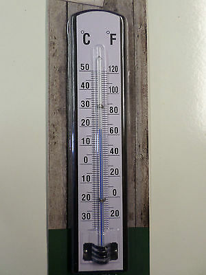 Wooden Garden / Outdoor Thermometer. 22cm / 9 inches, Celsius and Farenheit