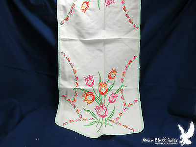 Beautiful Hand Embroidered Dresser Buffet Table Scarf Runner Vintage