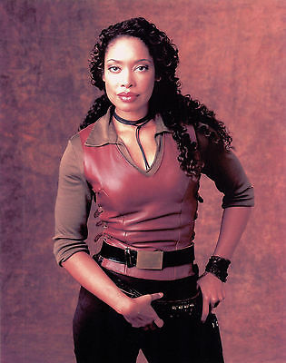 """2002 FIREFLY Gina Torres is """"Serenity"""" second in command color 8x10 portrait #2"""