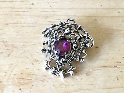 Vintage Sarah Coventry Silver Tone Amethyst Glass Heraldic Style Brooch Signed