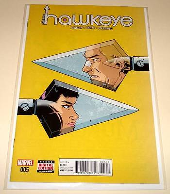 ALL-NEW ALL-DIFFERENT HAWKEYE # 5 Marvel Comic   May 2016  NM