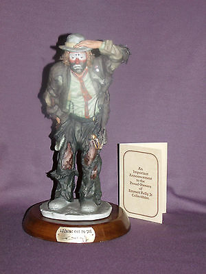 Emmett Kelly Looking Out to See Flambro Limited Edition with Base