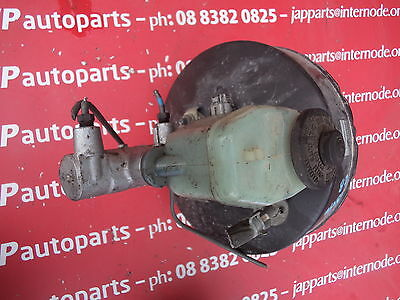 Toyota Hilux Rn90 Brake Master Cylinder And Booster     (571)