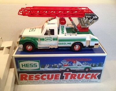 Hess 1994 RESCUE TRUCK w/ Original Box Very Good Condition