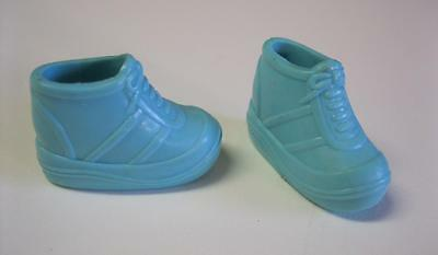 BLUE Mattel Barbie Doll Platform Tennis Shoes HIGH TOPS-PICTURE POCKETS 2000 set