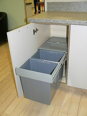 Pull out Soft Close 40 Ltr Recycling Kitchen Waste Bin 400mm (2 Internal Bins)