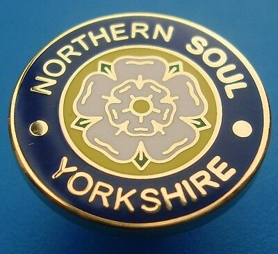 NORTHERN SOUL BADGE - NORTHERN SOUL YORKSHIRE - BLUE - 16mm DIA