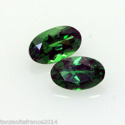 0,58 cts,TSAVORITE NATURELLE  2 pierres assorties   (pierres précieuses/ fines)
