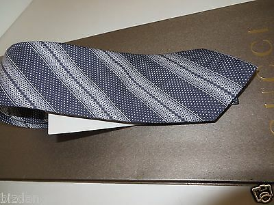 NEW TAG 100% Authentic GUCCI Navy/ Ivory Habutai Silk Tie  . Gift bag