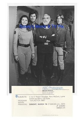 LORNE GREENE, ROBYN DOUGLASS, KENT McCORD Great ORIGINAL TV Photo GALACTICA 1980