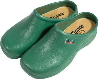 Town & Country Tfw654/Wfw503 Classic Cloggies Green size 7