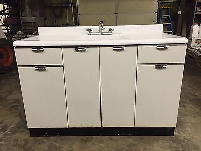 Vintage Porcelain Farmhouse sink