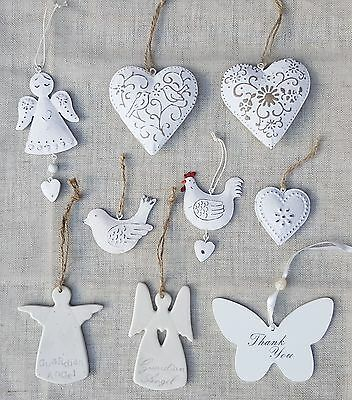 Distressed White Metal Hanging Daisy Heart Decoration Shabby Chic Gift Wedding
