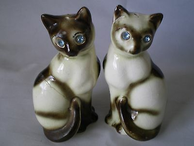 Blue Eyed Cat Salt & Pepper Shakers