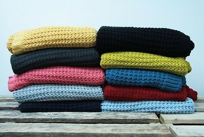 Knitted Design Throw Rug Blanket - 10 Colour Choice