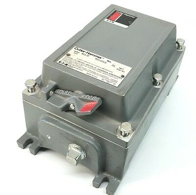 Eaton CUTLER-HAMMER 9115H210K Enclosure and 3-Phase Starter