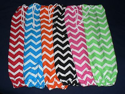 Plastic bag holder chevron prints