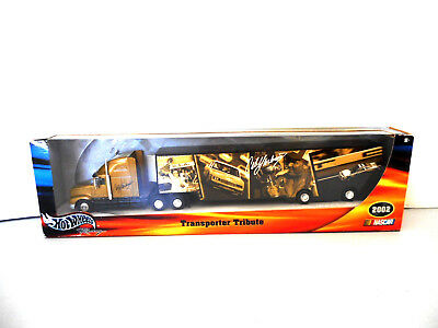 HOTWHEELS Nascar Transporter  2002 Cale Yarborough 54681 Collectable Metal
