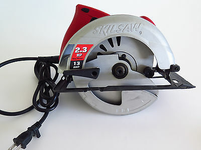 Skil 13-Amps 7-1/4-in Corded Circular Saw