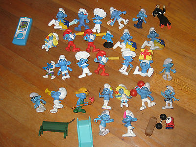 Smurfs Large lot of  28 figures