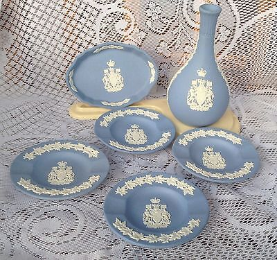 6 Piece Wedgwood Jasper Blue Canada Coat of Arms Collection - 773