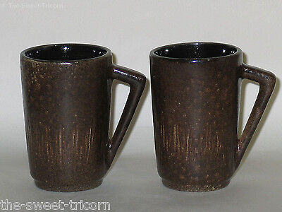 Retro Gunda Pair of Mugs. Australian Pottery