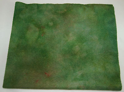 """HAND DYED RUG HOOKING WOOL Over-Dyed ~ """"WOODSY GREEN (A)"""""""