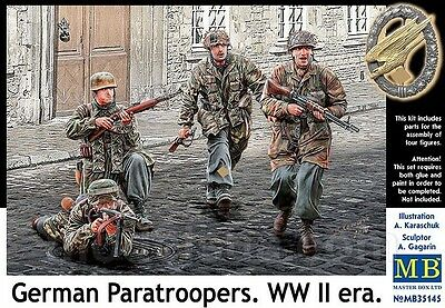 Master Box 1/35 Scale Plastic Model Kit German Paratroopers Wwii Mb35145