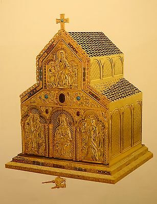 + Ornate Romanesque Tabernacle + All Goldplated + + + chalice co.