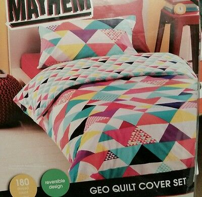 Double Bed Girls Mayhem '  Geo '  Quilt Cover Set. 180 Tc. Reversible