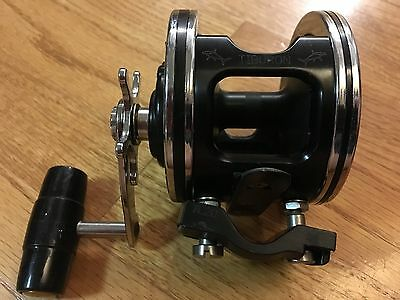 Penn Senator 2/0 Conventional Reel  - Made in USA