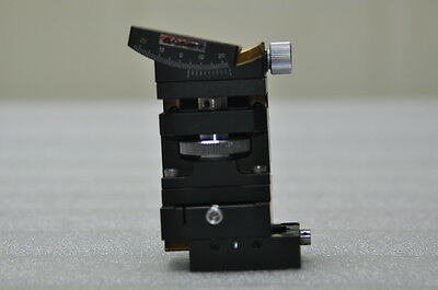 OptoSigma XYZW Brass dovetail Manual Stage Positioner 40mmX40mm  Height 79.5mm