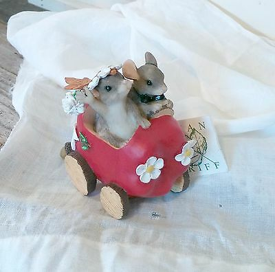 Charming Tails - The Get-Away Car - Just Married Mice Couple - Cake Topper