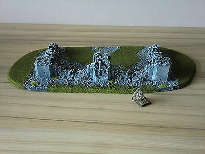 Warhammer 40k / Fantasy Ruined Building Scenery