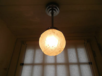 French antique c.1930 - 40 Art Deco ceiling light pink frosted glass shade
