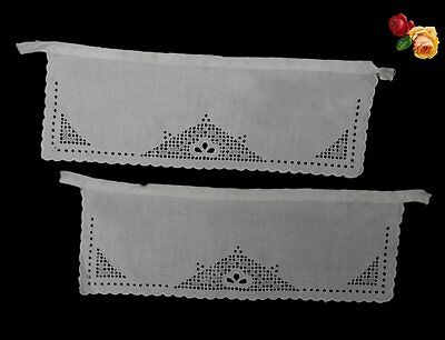 Vintage Broderie Anglaise Cuffs Pair Floral Leaves Ecru Cotton Scallop