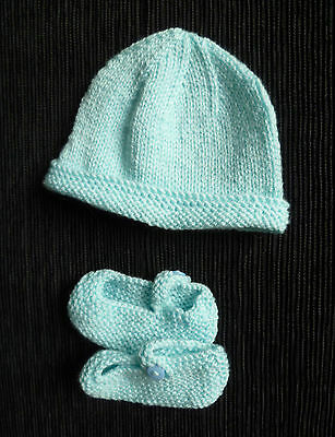 Baby clothes UNISEX BOY GIRL 0-3m hand-knitted turquoise hat/bootees shoes NEW!