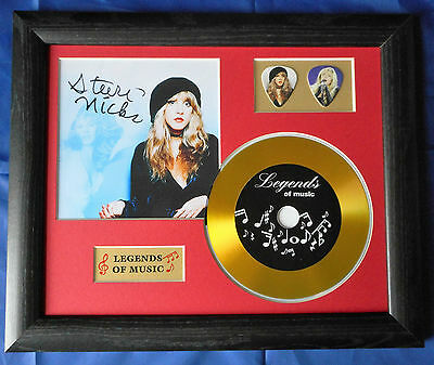 Stevie Nicks Preprinted Autograph, Gold Disc & Plectrum Presentation *New*