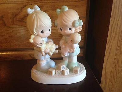 """2001 Precious Moments """"You're the Best Friend on the Block"""" Figurine"""
