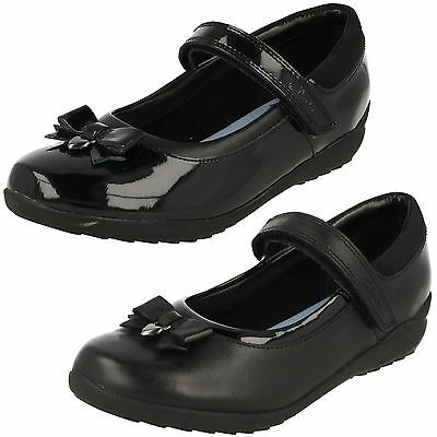 Clarks Girls Ting Fever INF Black Leather Or Patent School Shoes