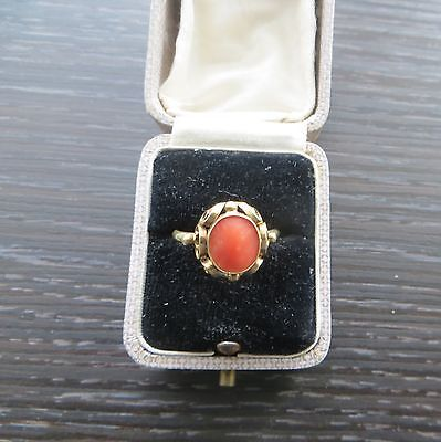 Vintage continental 14ct Gold & Coral Ring