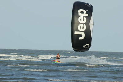 Brand new Kitesurfing Kite with bar & lines