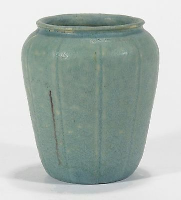 Grueby Pottery matte light blue pumpkin lobed form vase Arts & Crafts Boston